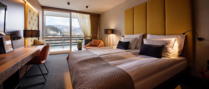 Hotel Golf - Double lake view room (3).jpg